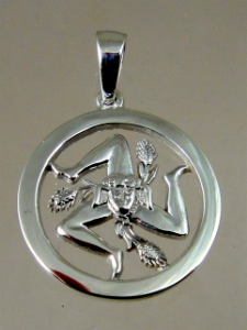Picture of  Sicilian Trinacria Pendant Circle 20 mm