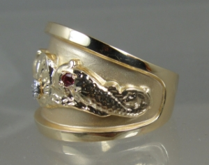 Picture of US Navy Submarine Dolphin Medical Ring