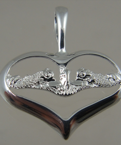 Picture of US Navy Submarine Dolphin Womans Pendant Sweet Heart